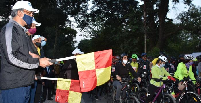 मुख्यमंत्री ने राज्य स्थापना दिवस के मौके पर आयोजित माउंटेन टैरेन बाइकिंग रैली का फ्लैग ऑफ कर किया शुभारम्भ