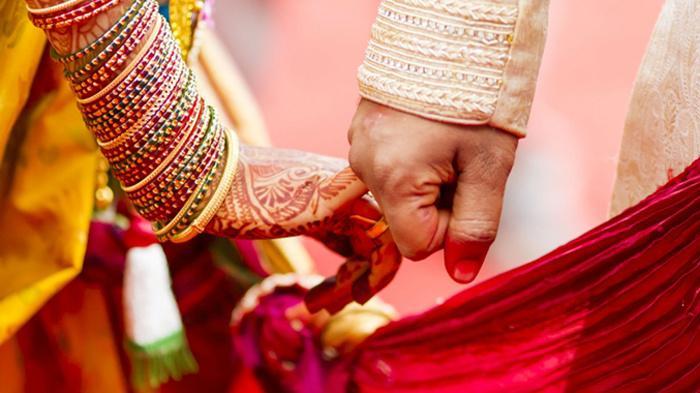 उत्तराखंड :भाई ने खुन्नस में बाँट दिए भतीजे की शादी के फर्जी कार्ड, फिर जो हुआ…