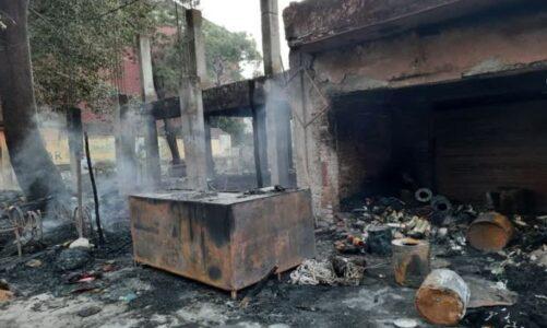 ऋषिकेश में  शाॅर्ट सर्किट होने से पांच दुकानेें जलकर खाक, भारी नुक़सान का अनुमान