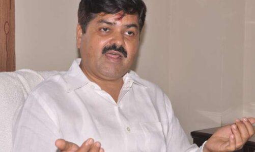 भाजपा के बहुत से नेता कांग्रेस के संपर्क में हैं। पार्टी इनके बारे में गुण-दोष के आधार पर फैसला लेगी; प्रदेश कांग्रेस अध्यक्ष गणेश गोदियाल