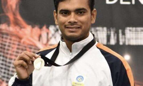 पैरालंपिक में कांस्य पदक जीतने पर प्रदेश के युवा बैडमिंटन खिलाड़ी मनोज सरकार को मुख्यमंत्री ने दी बधाई