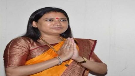 कैबिनेट मंत्री रेखा आर्य की एक तस्वीर इंटरनेट मीडिया में वायरल; जाने पूरी खबर